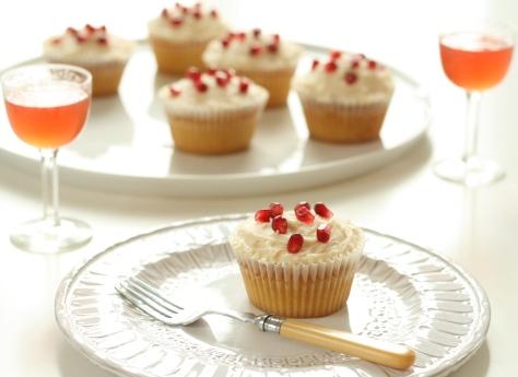 Sloe Gin & Tonic Cupcakes