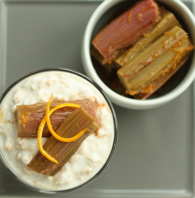 Overnight Oats with Rhubarb 1