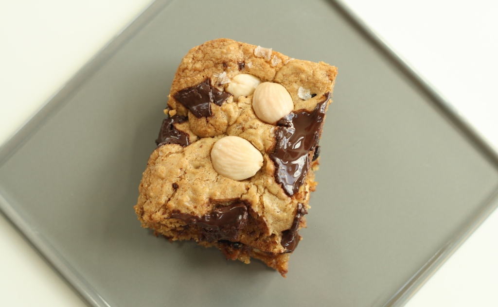Marcona almond blondies 5