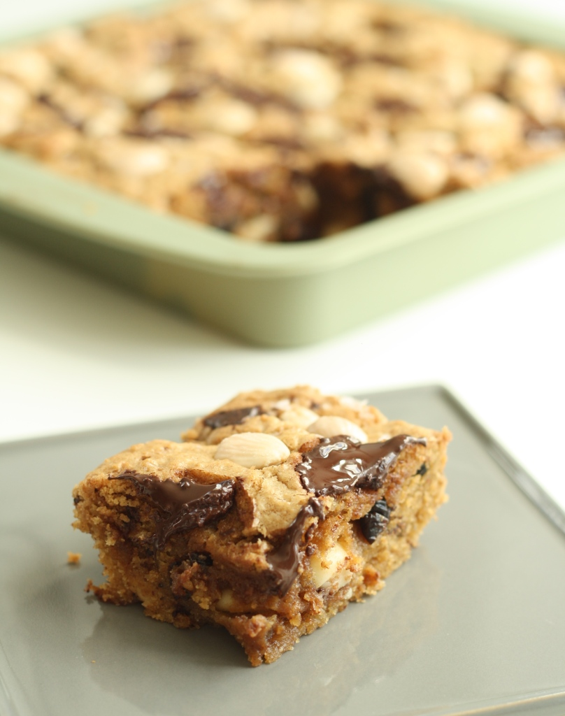 Marcona almond blondies 4