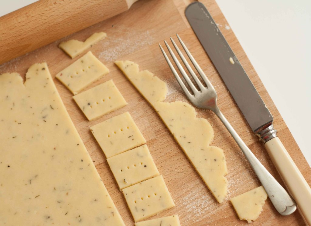 Cheese Thyme Crackers 5