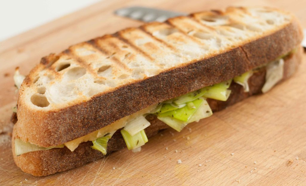 Cheese leek toasted sandwich 4