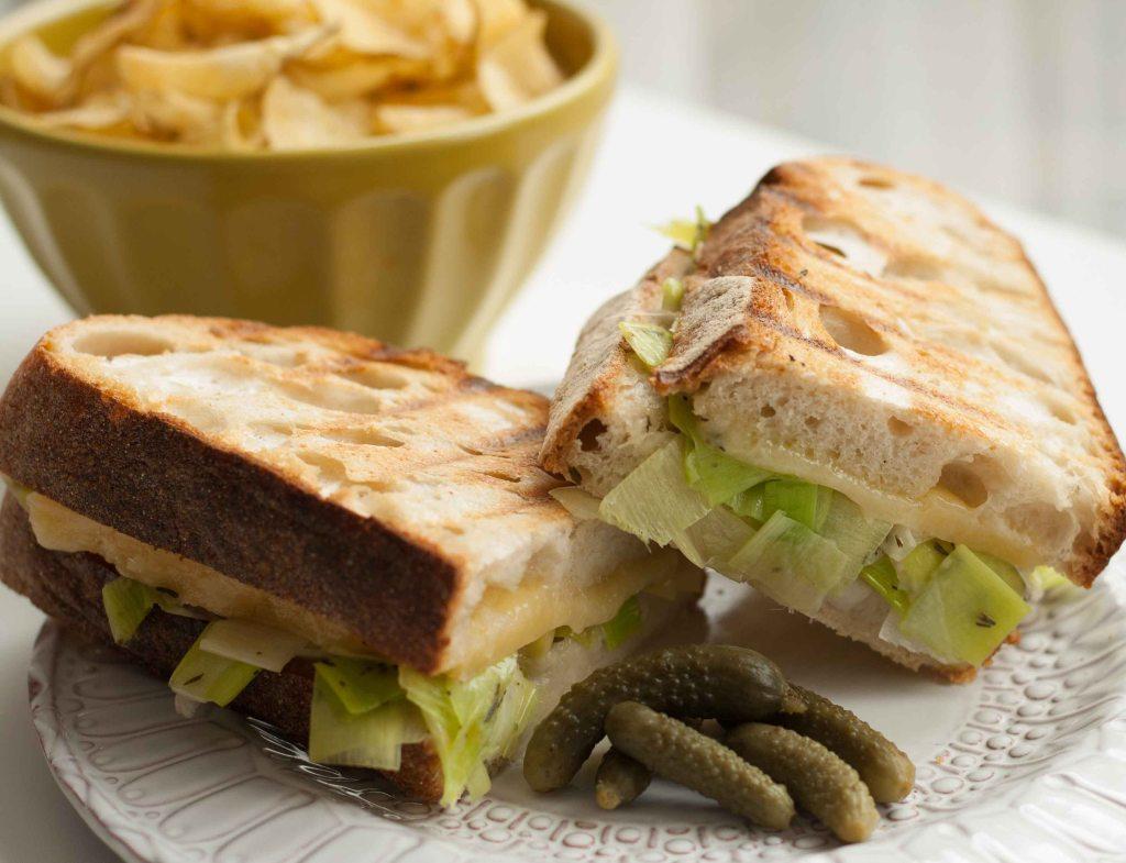Cheese leek toasted sandwich 5