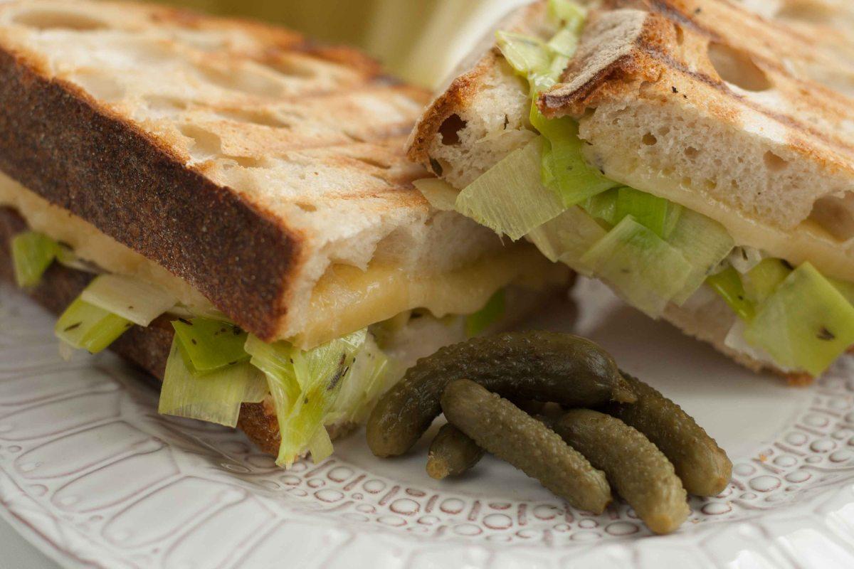 Cheese leek toasted sandwich 6